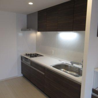 キッチン位置移設し、広く使いやすいお洒落空間へ!札幌市マンションフルリフォーム
