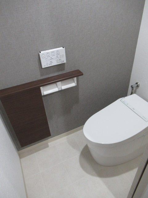 5施工後トイレ