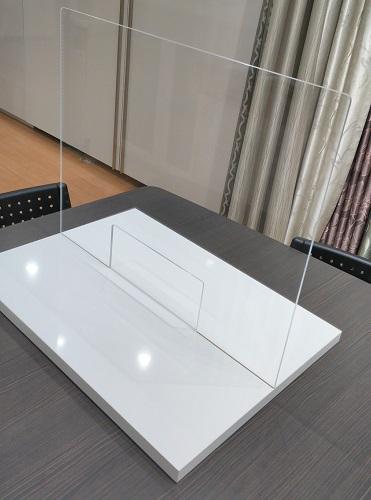 アクリル板+ウイルテクト化粧板