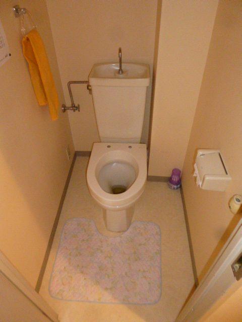 1施工前トイレ
