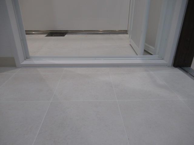 5施工後SB3浴室入口2