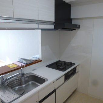 L型からI型システムキッチン+背面食器棚へリフォーム!札幌市マンション