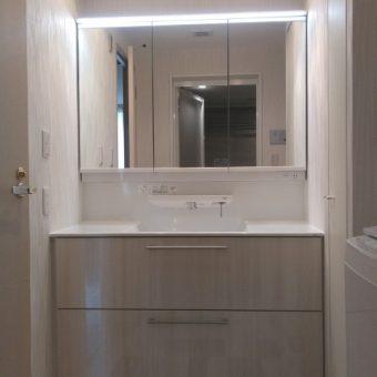 TOTO独自のクリーン技術搭載できれいが保てる洗面化粧台!札幌市マンション