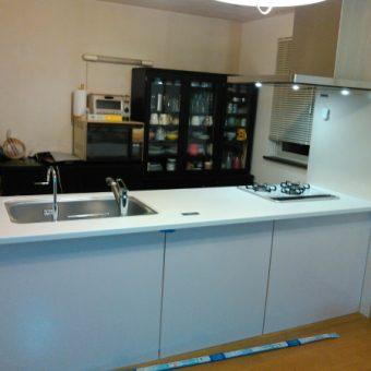 タカラスタンダード『グレーシア』で開放的なフラット対面キッチンへ!札幌市戸建