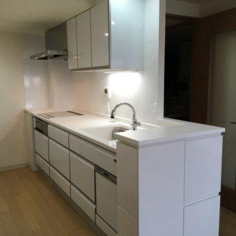 『レミュー』と『オリジナルオーダー家具』で作り出す理想のキッチン!札幌市マンション