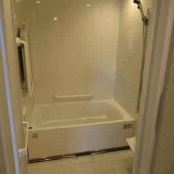 お掃除しやすいタカラ『伸びの美浴室』で上質空間演出!札幌市マンション