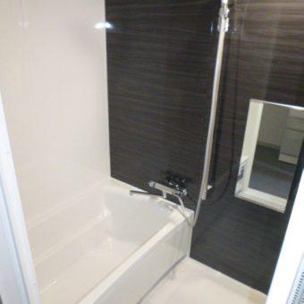 お掃除のしやすさも、入浴の心地よさも感じられるシステムバスへ!札幌市マンション