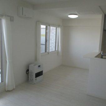 LIXIL(リクシル)床材で階下に伝わる生活音を抑え、気持ちの良い足ざわりを!小樽市マンション
