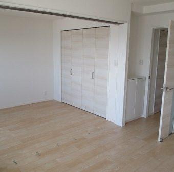 マンション内装リフォーム・明るくナチュラルな空間へ 和室は洋室に変更 小樽市マンション
