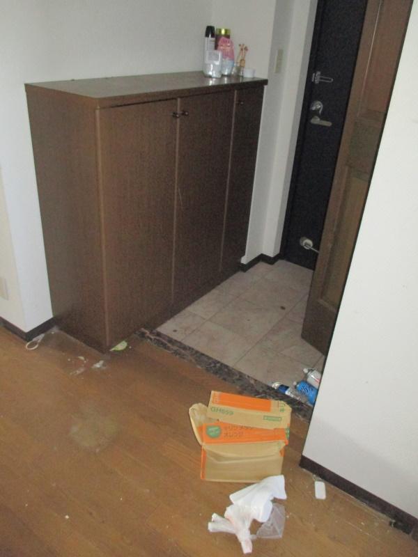 1施工前玄関収納
