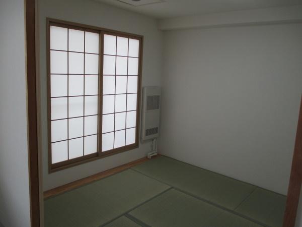 3施工後和室畳変えました