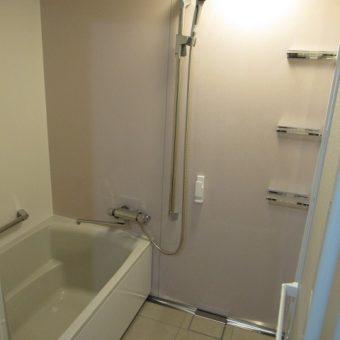 タカラ伸びの美浴室でクリーンをキープするバスルームへリフォーム!札幌市マンション