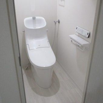 LIXIL(リクシル)シャワートイレ一体型便器『アメージュZA』へリフォーム!札幌市マンション