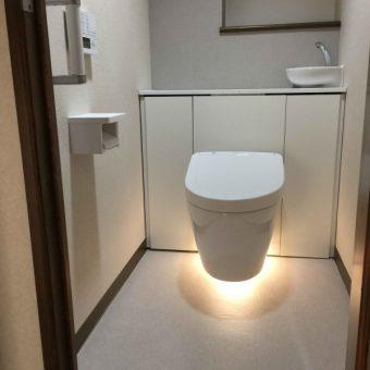 フローティングデザイントイレで軽やかな空間へ!札幌市マンション