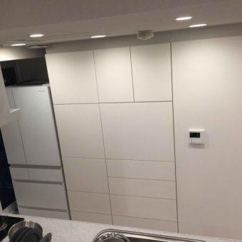 オーダー食器棚設置、プッシュラッチ採用で超フラットでスッキリ!札幌市マンション