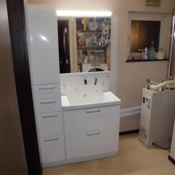 トールキャビネットをプラスして収納量アップで片付く洗面空間へ!札幌市戸建