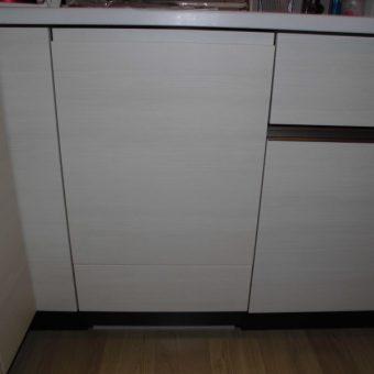 """""""コンコン""""2回ノックで開くフルオートオープン機能付き食器洗い乾燥機!札幌市マンション"""