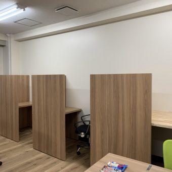 某オフィスのオーダーパーソナルブース製作・施工!札幌市内事務所