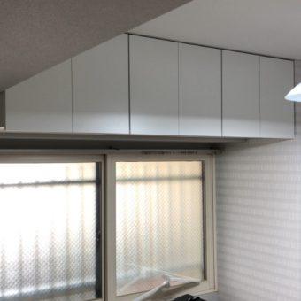 居室にオーダー吊戸棚を設置、限りあるスペースを有効活用!札幌市マンション