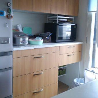 自分だけの「欲しかった」カタチを実現したオーダー食器棚!北広島市マンション
