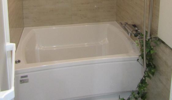 セミスクエア浴槽