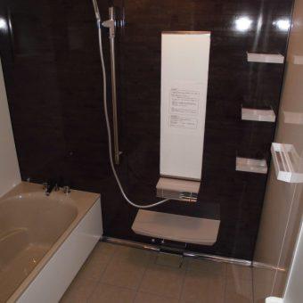 タカラ耐震システムバス『レラージュ』でキレイをキープする浴室へ!札幌市戸建