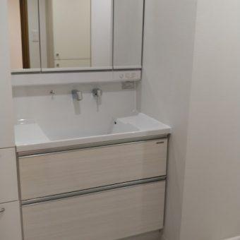 タカラ木製洗面化粧台でスッキリした洗面空間へ!札幌市マンション