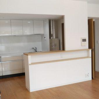 開放的なシステムキッチンで空間を明るく使いやすく!札幌市マンション